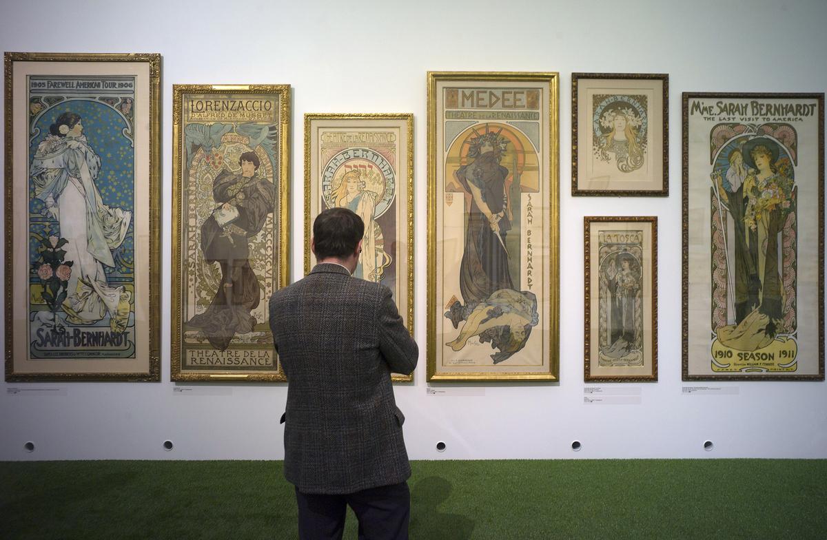 gallery-mucha